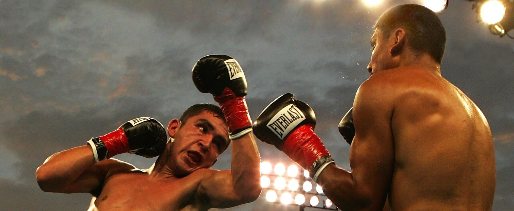 sport-box-muscle-boxer-hook-boxing (1)